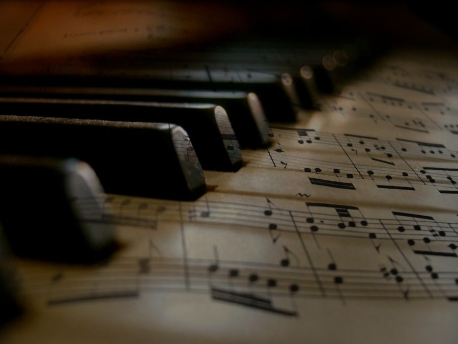Comment lire des partitions de piano
